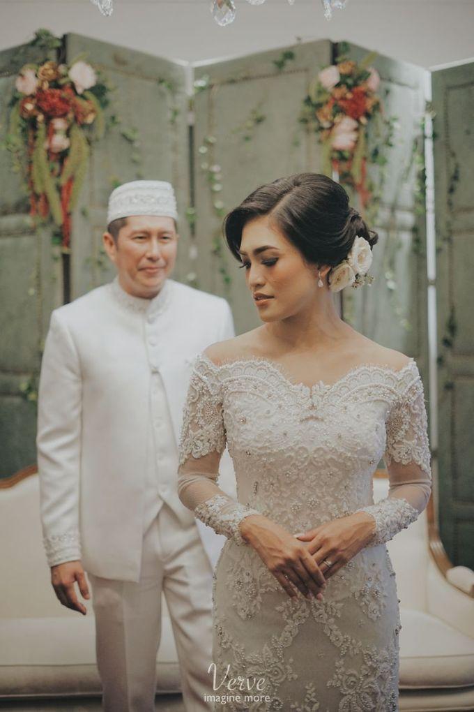 WEDDING CEREMONY OF ANGGINA & JUSTIN by Barli Asmara Couture - 007