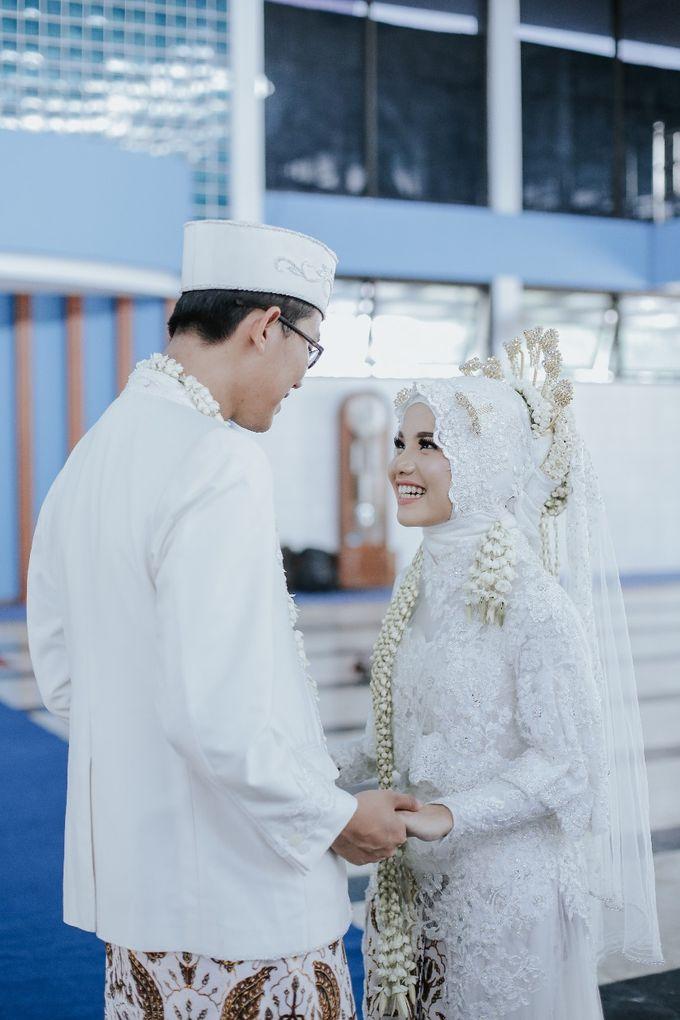 Wedding Layli -Amal by LAKSMI - Kebaya Muslimah & Islamic Bride - 009
