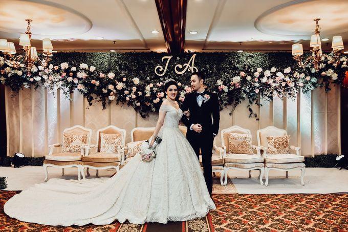 The Wedding of Aurel and Jesvit by MERCANTILE PENTHOUSE WEDDING - 004