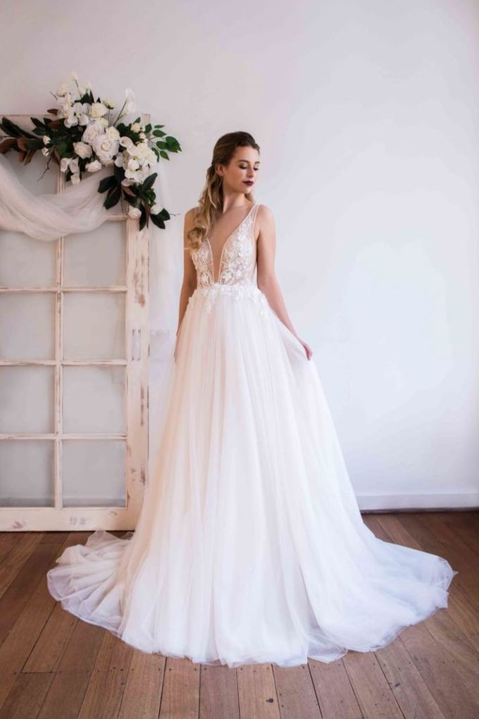 Charmed by Rae by Made In Heaven Brides - 008