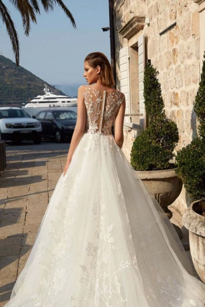 Charmed by Rae by Made In Heaven Brides - 014