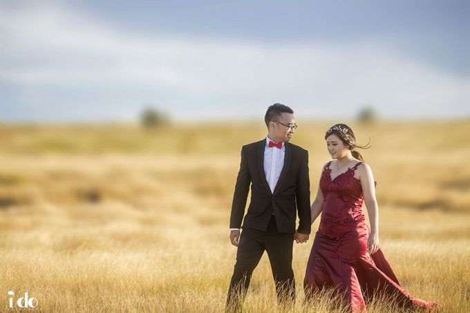 Prewedding Gown for Mrs Paula by Deasy Marlina - 001