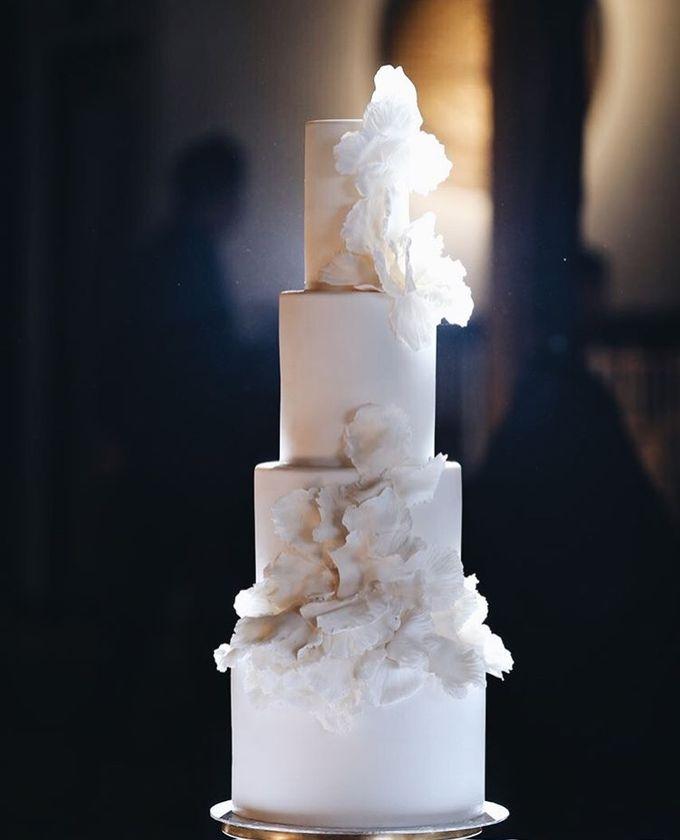 Wedding Cake - Albert & Olivia by Lareia Cake & Co. - 004