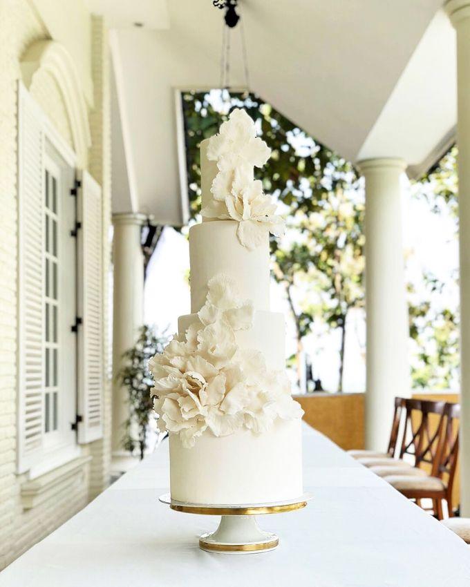 Wedding Cake - Albert & Olivia by Lareia Cake & Co. - 002