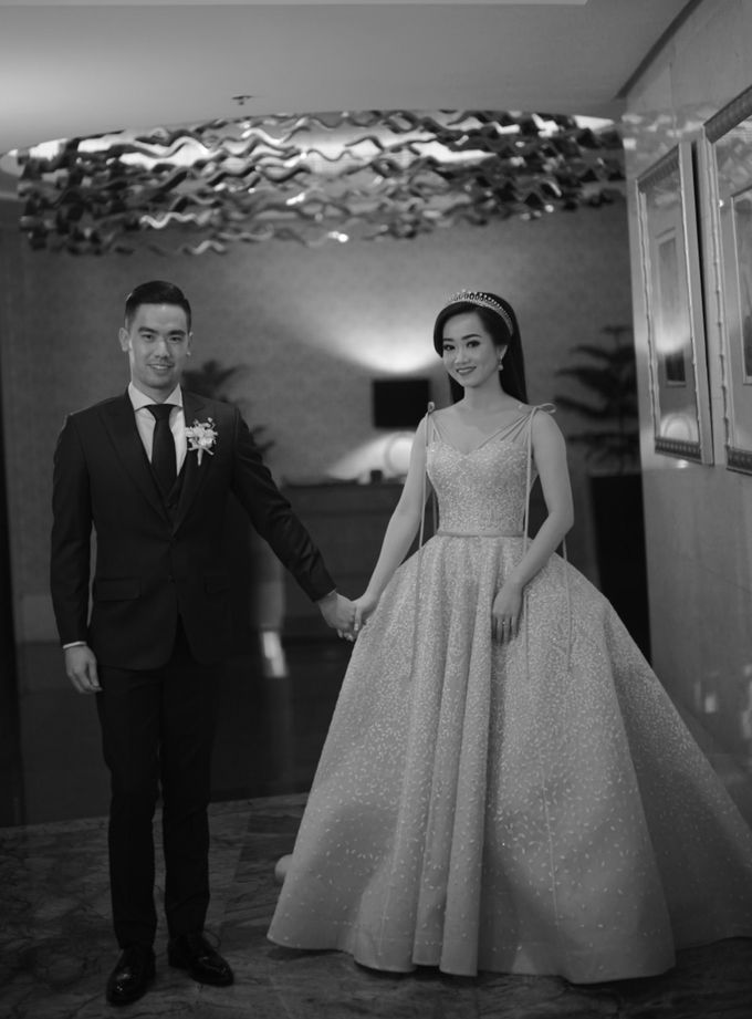 Ritz Carlton PP - Samuel & Indri by Maestro Wedding Organizer - 006