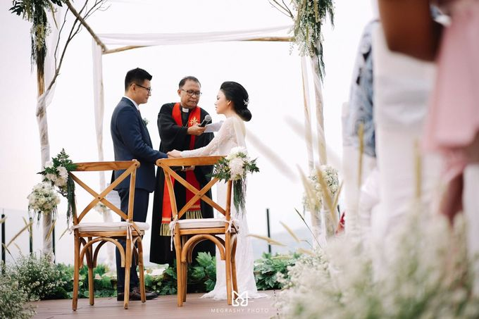 Baby & Liwei by Royal Tulip Gunung Geulis Resort & Golf - 006