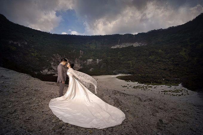 Prewedding Gown for Mrs Felicia by Deasy Marlina - 004