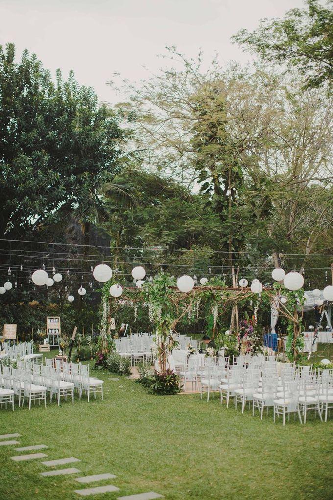 ANGGI & WIKA by Raffles Hills Cibubur - On Green Garden Venue - 010
