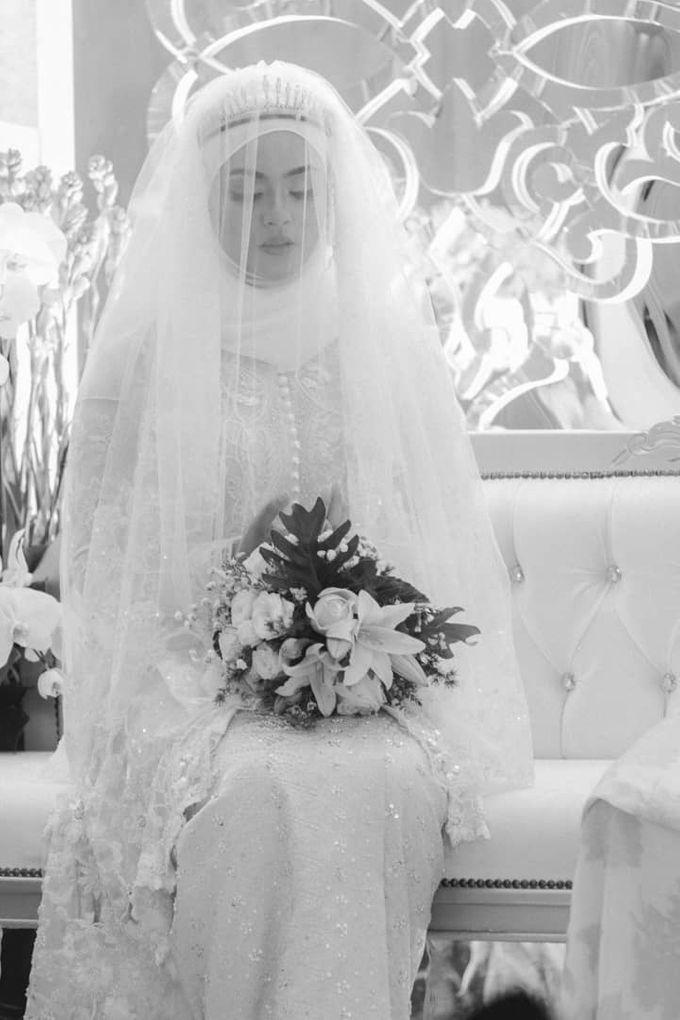 Atiah & Zaini Wedding in Johor Bahru, Malaysia by SVARNA by IKAT Indonesia Didiet Maulana - 007