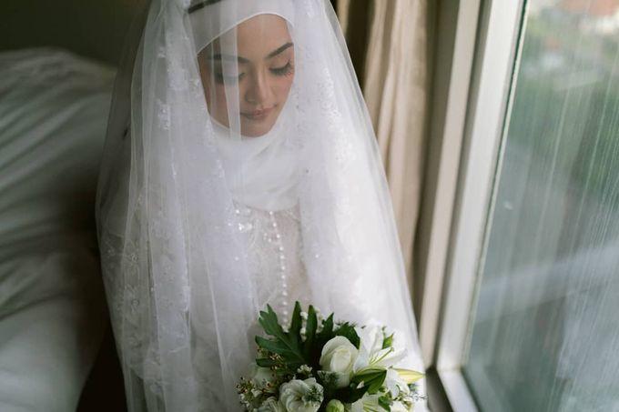 Atiah & Zaini Wedding in Johor Bahru, Malaysia by SVARNA by IKAT Indonesia Didiet Maulana - 009