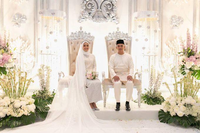 Atiah & Zaini Wedding in Johor Bahru, Malaysia by SVARNA by IKAT Indonesia Didiet Maulana - 013