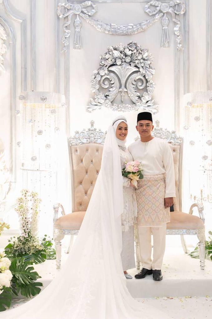 Atiah & Zaini Wedding in Johor Bahru, Malaysia by SVARNA by IKAT Indonesia Didiet Maulana - 014