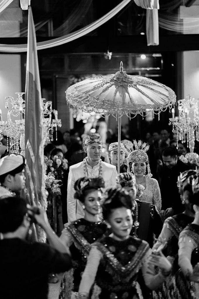 Amelia & Robert by One Heart Wedding - 043