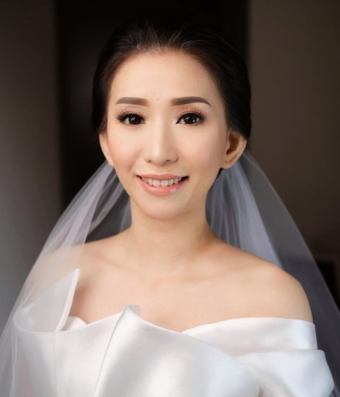 The Wedding by Vanny Adelina by VA Make Up Artist - 010