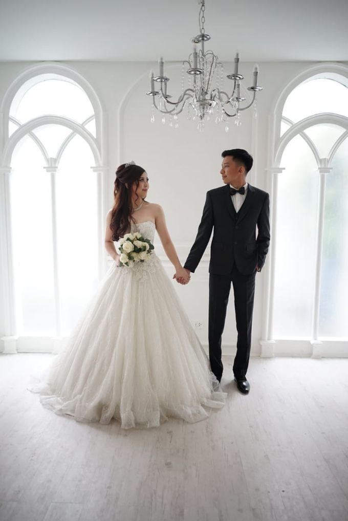 4fe2668158837 Add To Board Prewedding Indoor by Elina Wang Bridal - 001