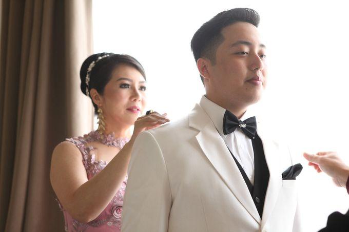 Whiz Prime Hotel - Glenn & Nindy by Impressions Wedding Organizer - 005