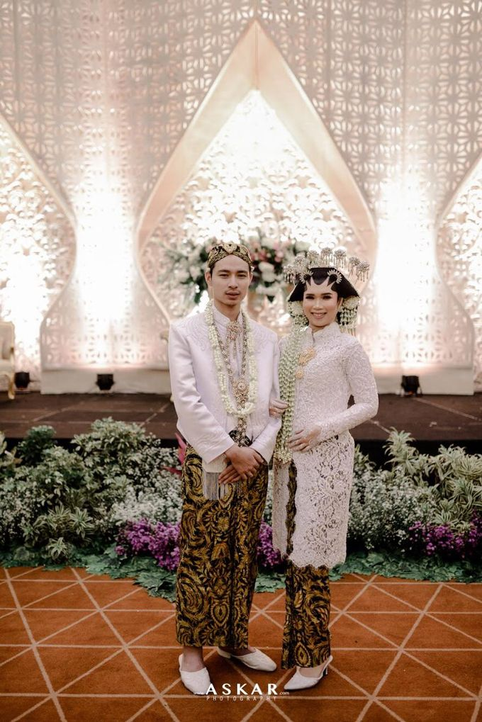 The Wedding Puput & Ali by V&Co Jewellery - 005