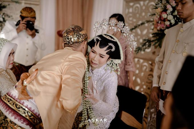 The Wedding Puput & Ali by V&Co Jewellery - 013