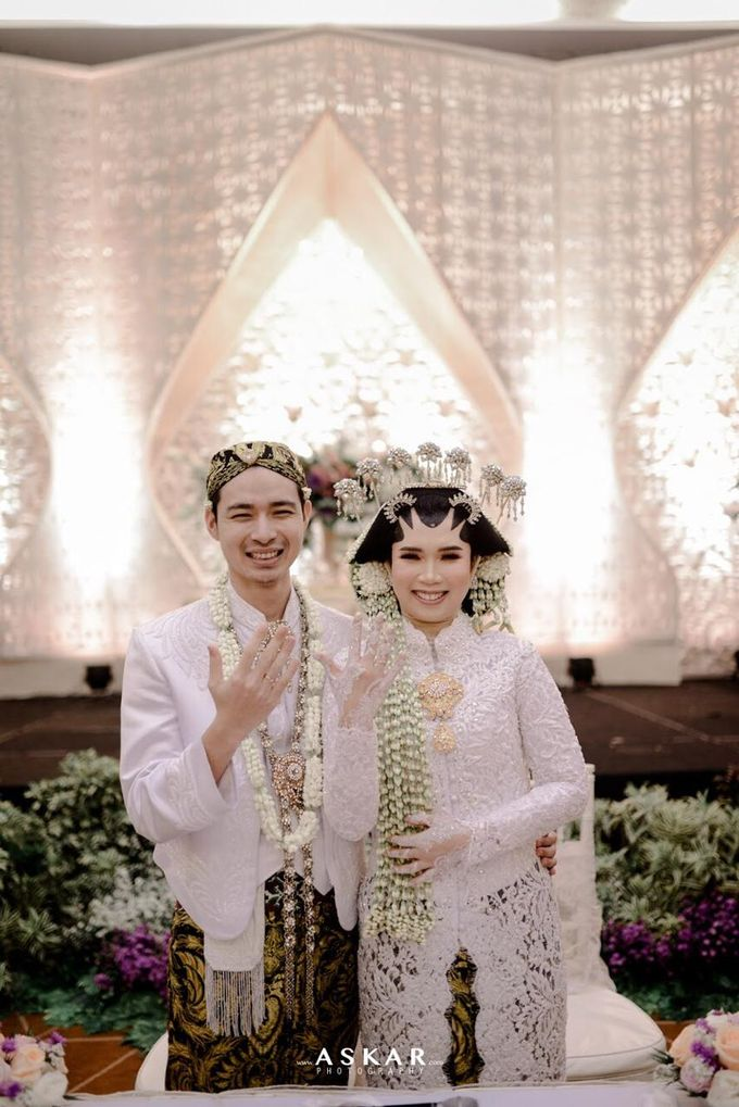 The Wedding Puput & Ali by V&Co Jewellery - 018