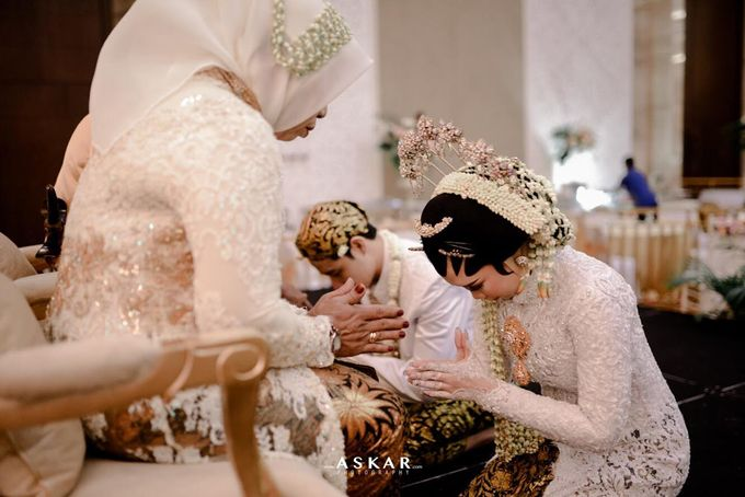 The Wedding Puput & Ali by V&Co Jewellery - 025