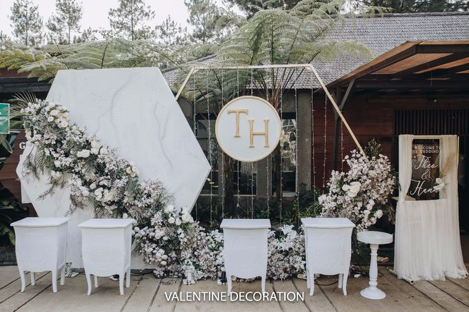 Theo & Hanna  Wedding Decoration by By Laurentialili - 004