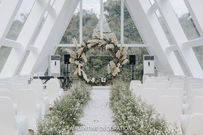 Theo & Hanna  Wedding Decoration by By Laurentialili - 016