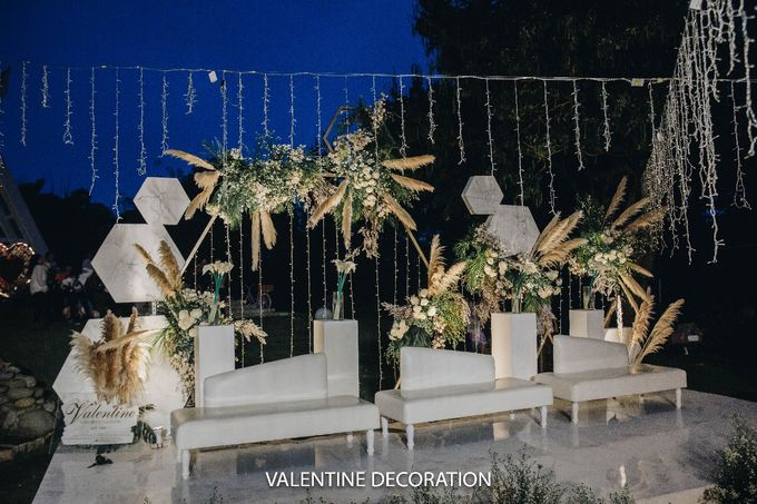 Theo & Hanna  Wedding Decoration by By Laurentialili - 024