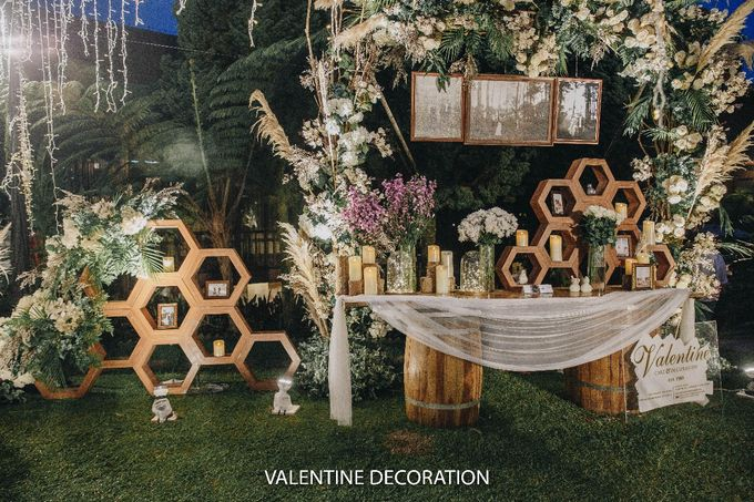 Theo & Hanna  Wedding Decoration by By Laurentialili - 026