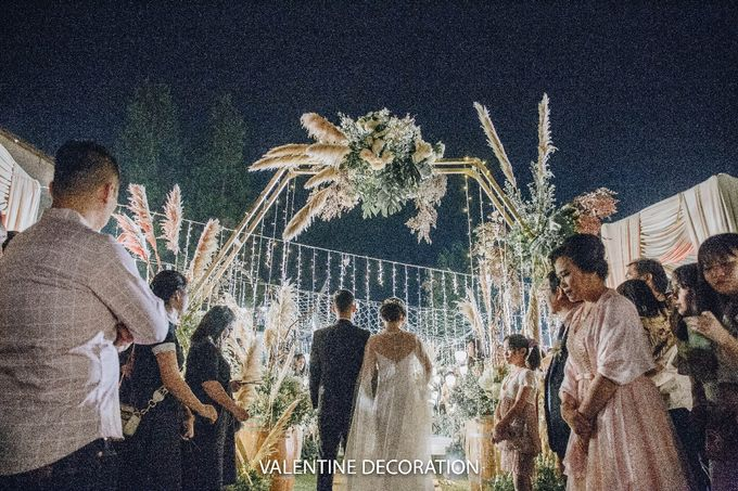 Theo & Hanna  Wedding Decoration by By Laurentialili - 033