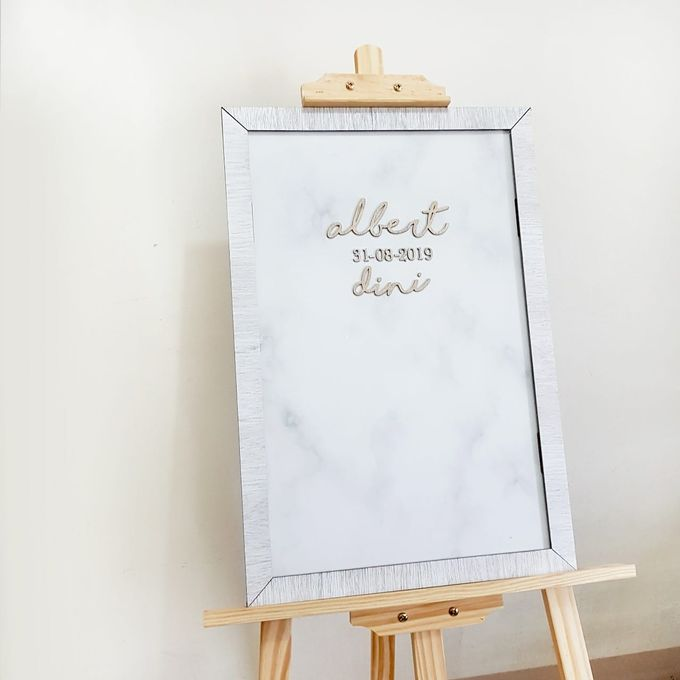 Wedding Sign with Frame by The White Dove - 001