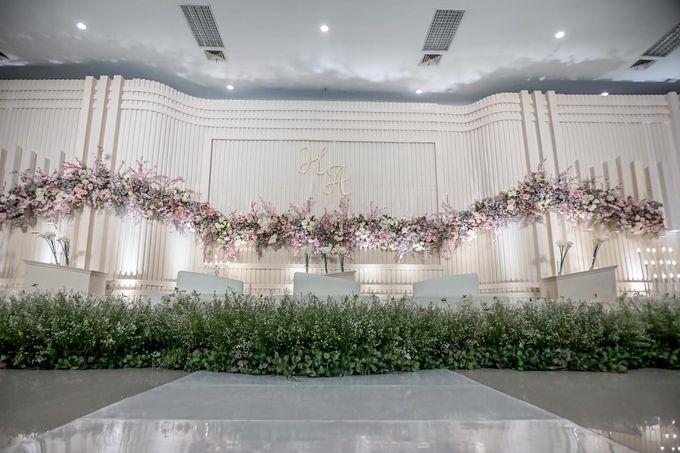 Hendrik & Andini Wedding Decoration by Valentine Wedding Decoration - 014