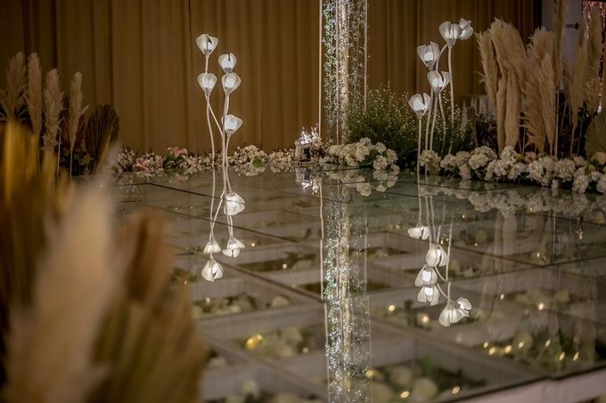 Hendrik & Andini Wedding Decoration by Valentine Wedding Decoration - 016