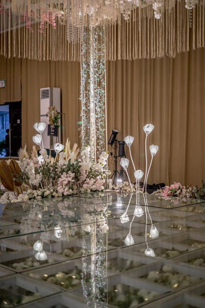 Hendrik & Andini Wedding Decoration by Valentine Wedding Decoration - 019