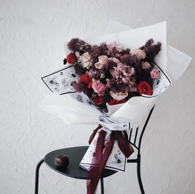 Indah Engagement Bouquet by Bloomette - 001