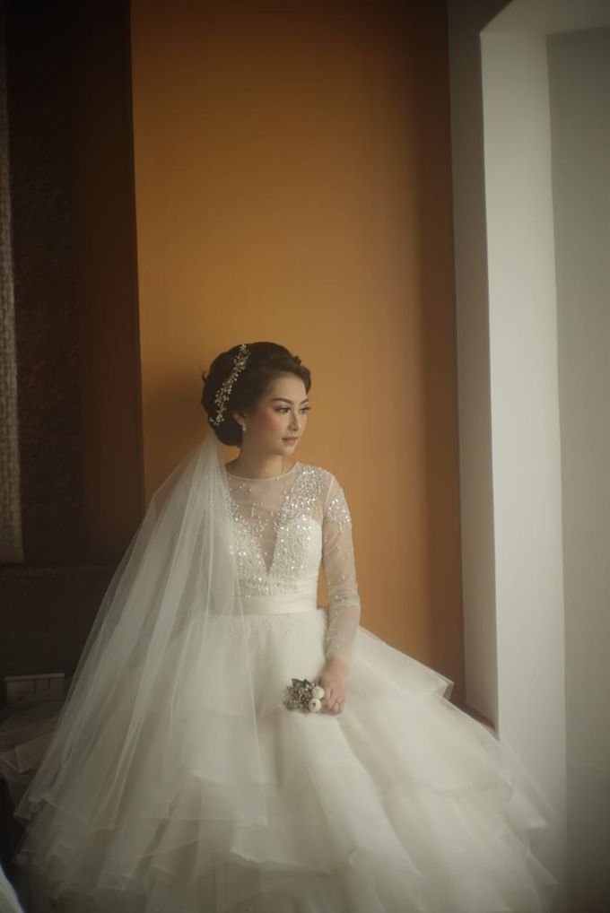 Gamma & Felicia Wedding Preparation by Elina Wang Bridal - 002