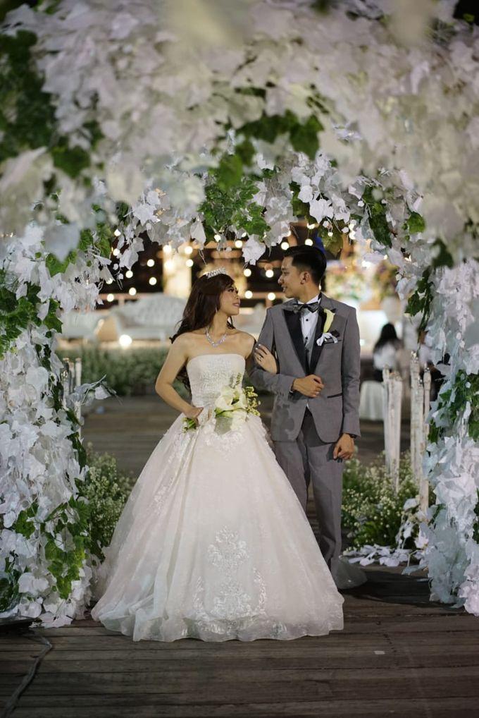 Krisna - Agnes Wedding by Elina Wang Bridal - 003