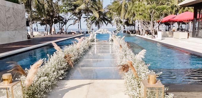 Modern-Rustic Elegant Wedding at The Royal Santrian Bali by Silverdust Decoration - 007