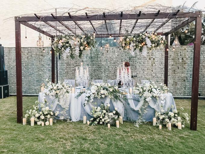 Modern-Rustic Elegant Wedding at The Royal Santrian Bali by Silverdust Decoration - 011