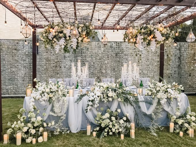 Modern-Rustic Elegant Wedding at The Royal Santrian Bali by Silverdust Decoration - 013