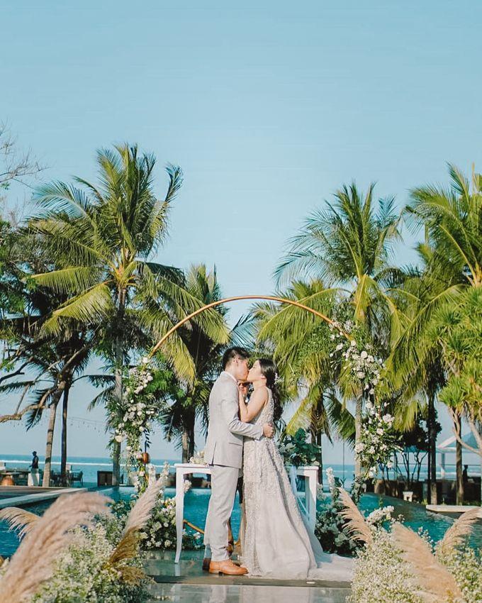 Modern-Rustic Elegant Wedding at The Royal Santrian Bali by Silverdust Decoration - 002