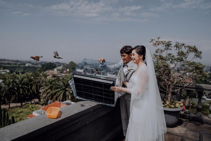 The Wedding of Renata & Erwin by GH Universal Hotel - 011