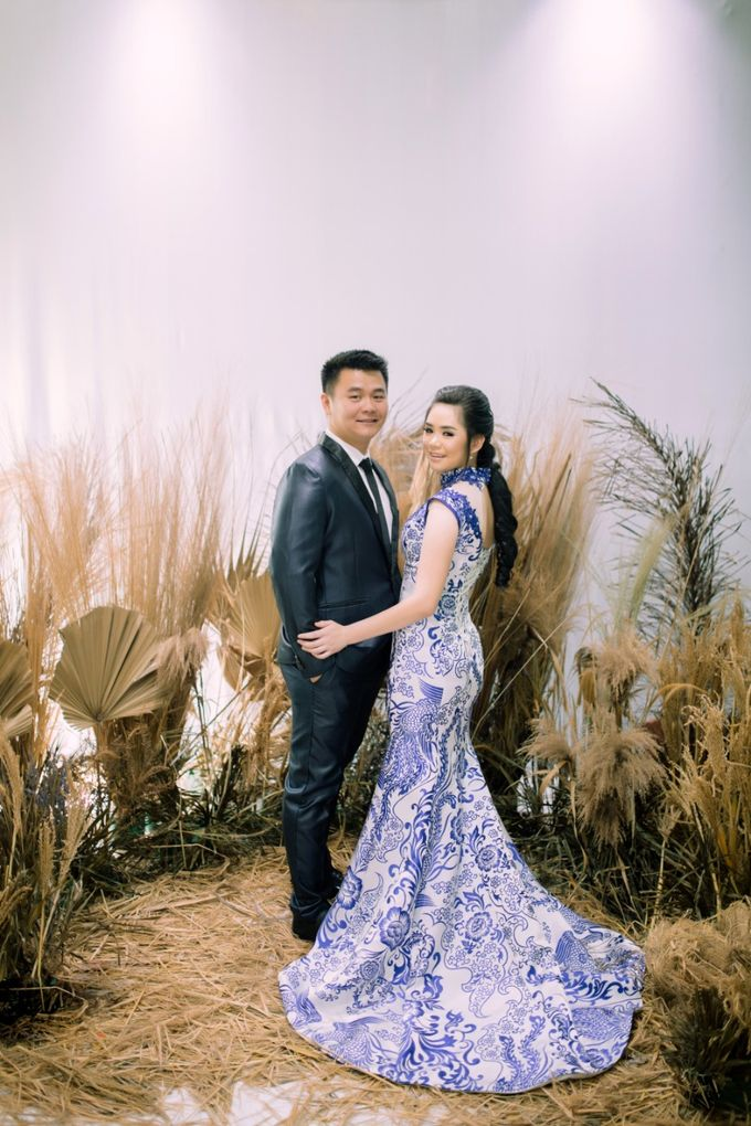 Vebri & Venni Prewedding by Elina Wang Bridal - 001