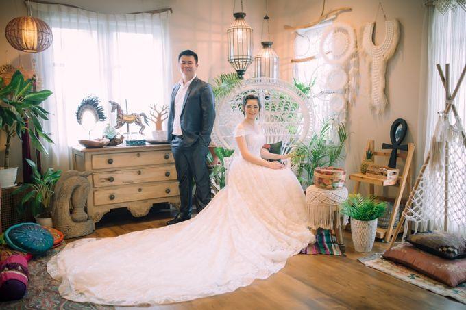 Vebri & Venni Prewedding by Elina Wang Bridal - 004