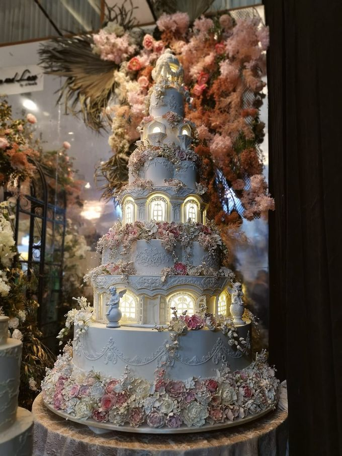 7 & 8 tiers Wedding Cake by LeNovelle Cake - 010