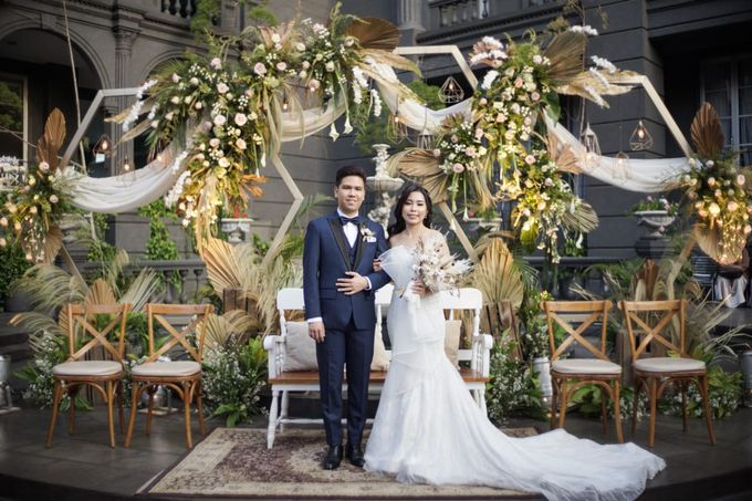 The Wedding of Erik & Chalsiavera by GH Universal Hotel - 009