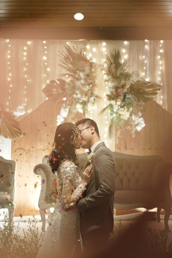 The Wedding of Putra & Marlene by Kayika Wedding Organizer - 017