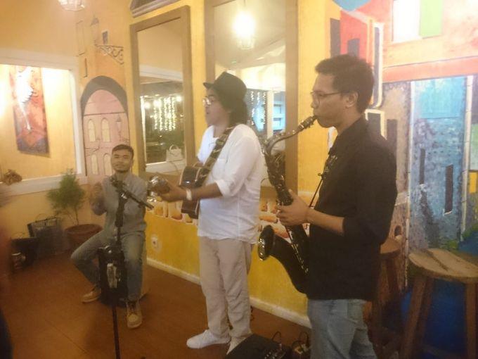 Acoustic at Cibo Restaurant Canggu by Eva Scolaro Entertainment The Agency - 001