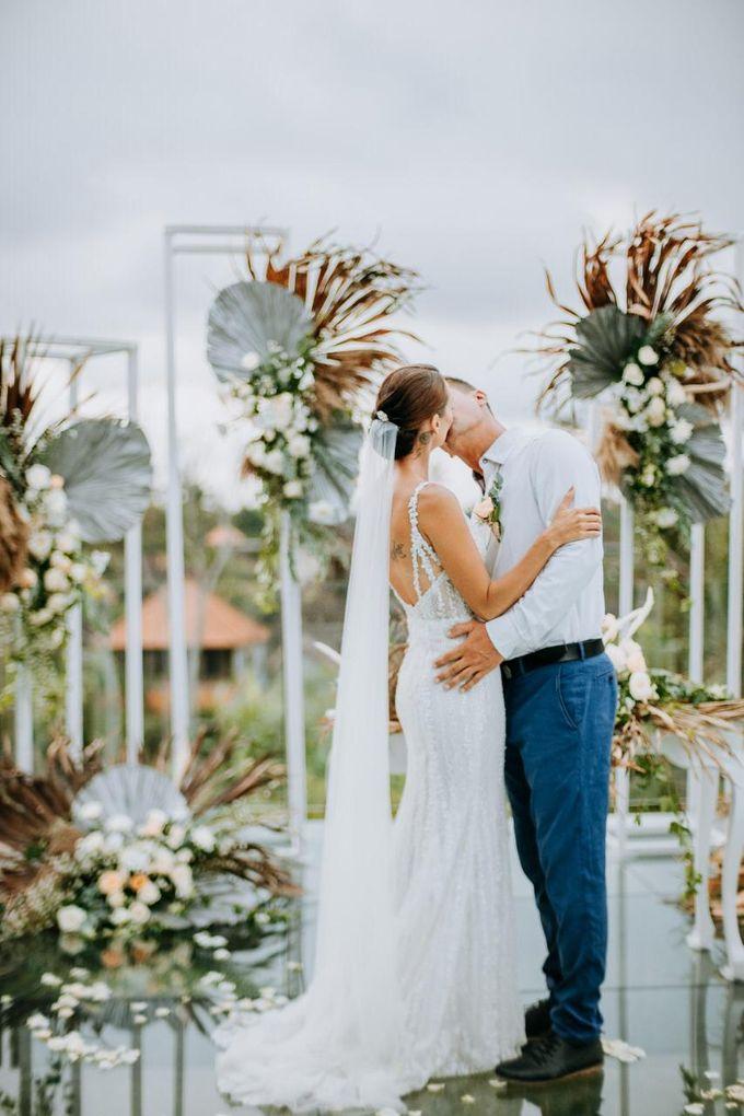 Yannick and Anna Wedding by Element by Westin Bali Ubud - 010
