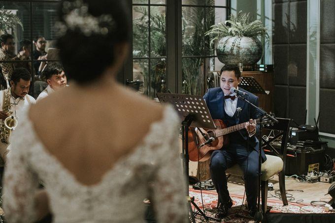Warm & Intimate Wedding Syiki & Andhika at Suasana Restaurant by Sugarbee Wedding Organizer - 010