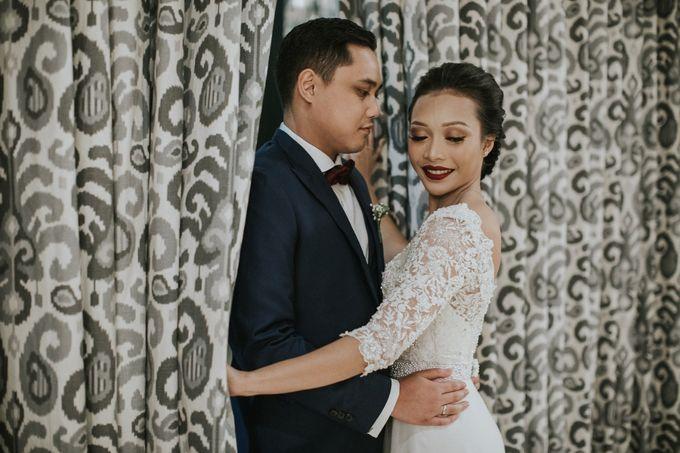 Warm & Intimate Wedding Syiki & Andhika at Suasana Restaurant by Sugarbee Wedding Organizer - 011
